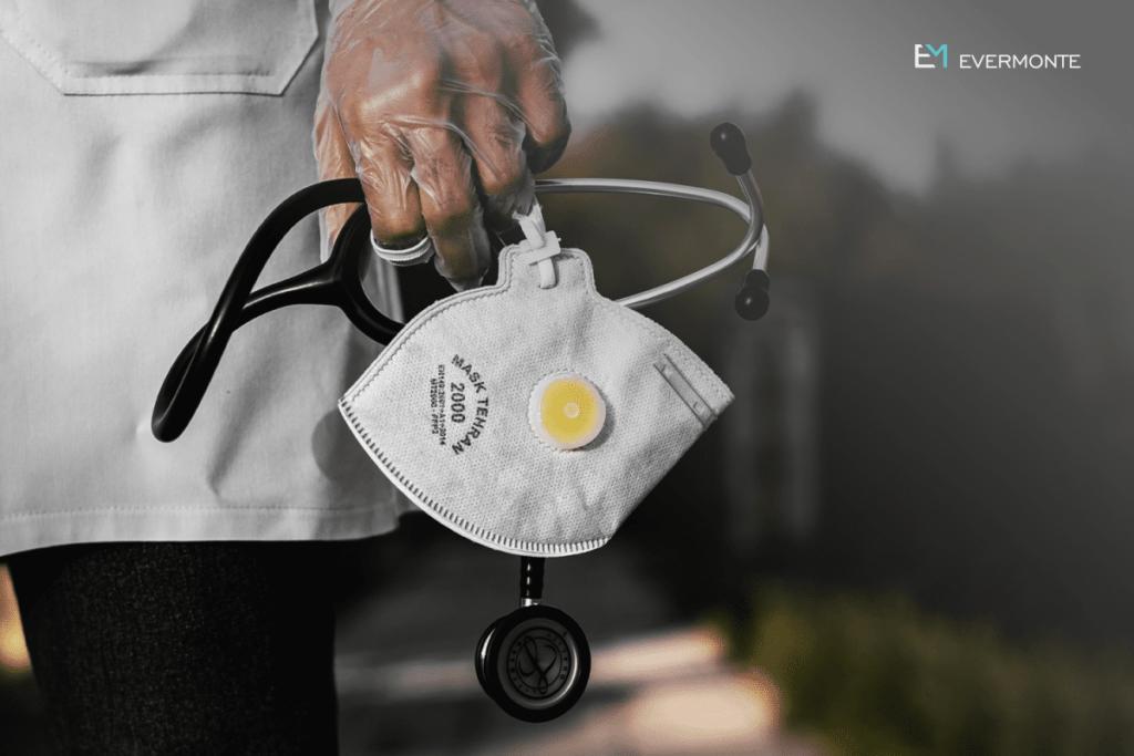 Médicos no combate a pandemia do COVID-19